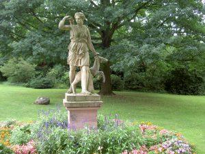 Diana im Schlosspark Weinheim an der Bergstraße